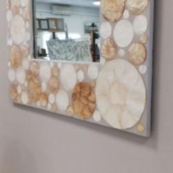 Espejo con marco Nacar