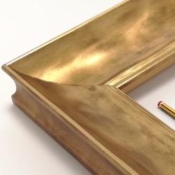 Marco madera dorado...