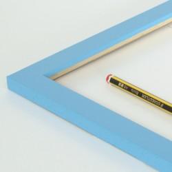 marco madera azul claro